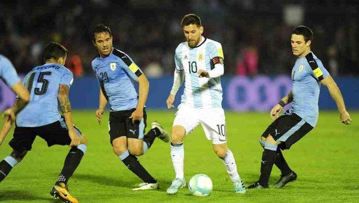 URUGUAY ARGENTINA  eliminatorias foto MARCELO CARROLL