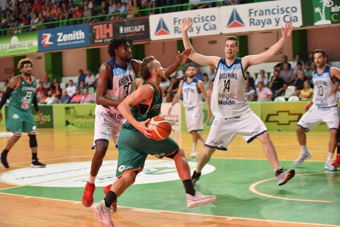 estudiantes basquet